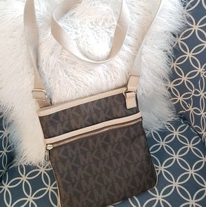 Michael Kors logo MK crossbody bag purse flat